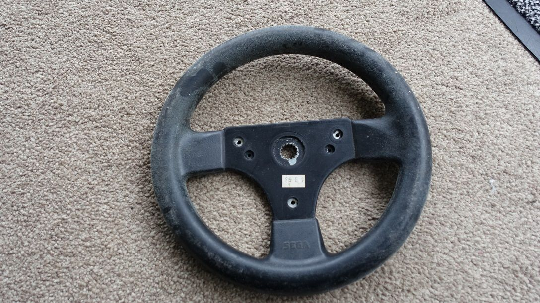 STEERING WHEELS , VARIOUS USED USEDWHEEL