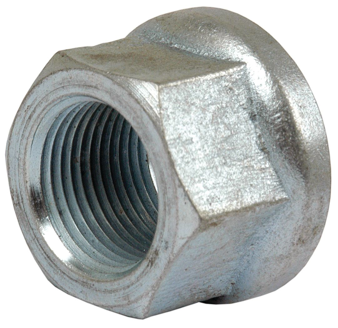 INT. HARVESTER WHEEL NUT 57772