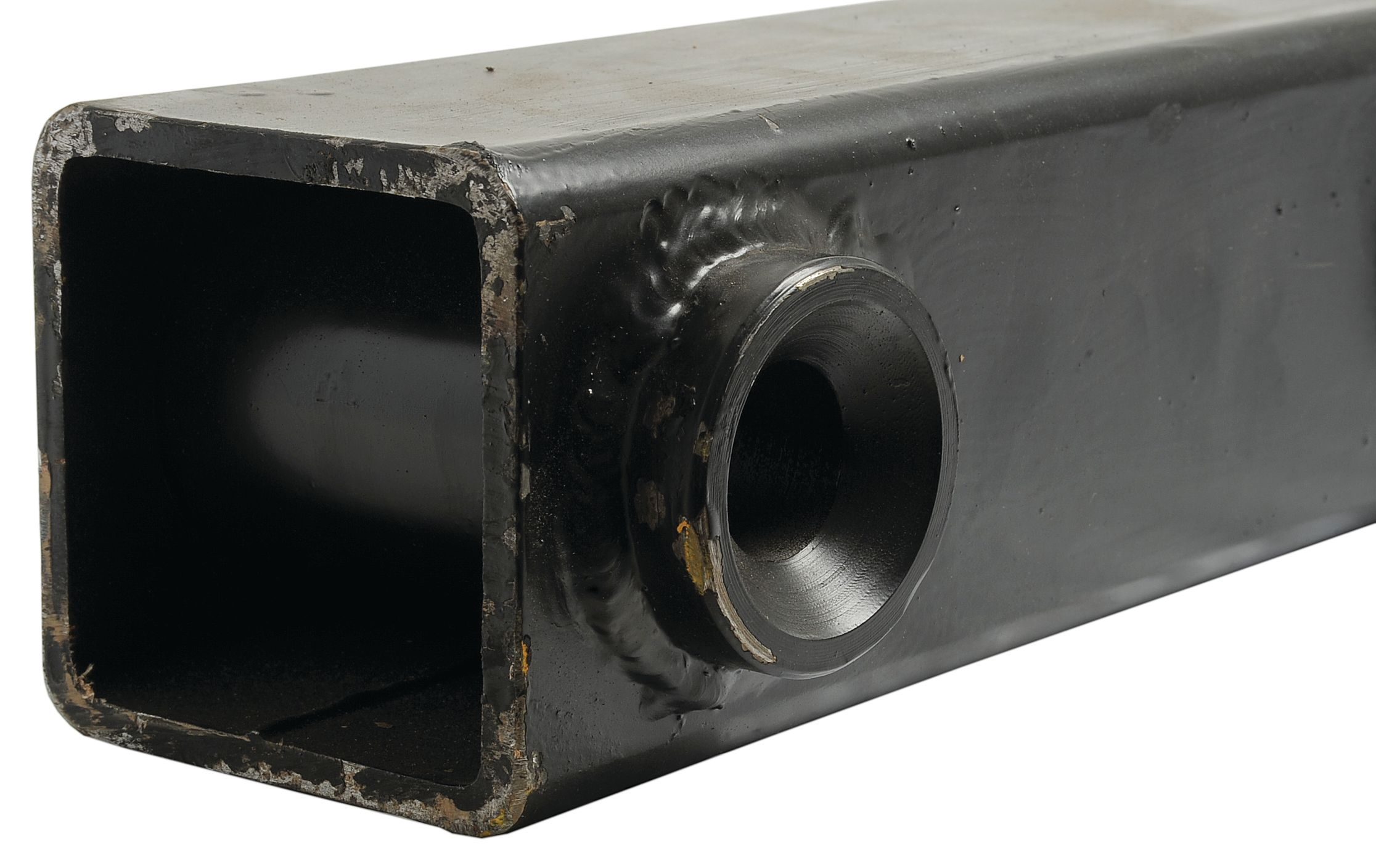 UNIVERSAL TRACTORS PRE BUSHED TUBE 1600MM 9 HOLE 110566