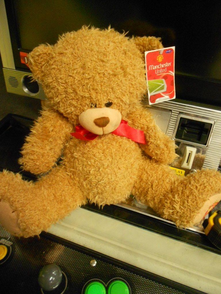 Man Utd 12'' Deluxe Bear MANUTD12DELUXEBEAR