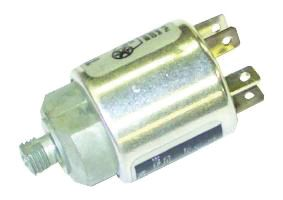 MASSEY FERGUSON SWITCH-PRESSURE TRINARY A/C 106656